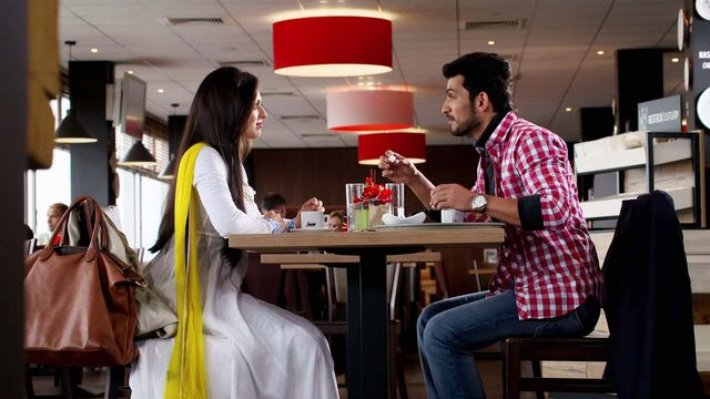 Image result for raghav and naina in restaurant